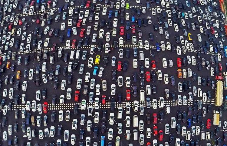 horrifying beijing traffic jam 7