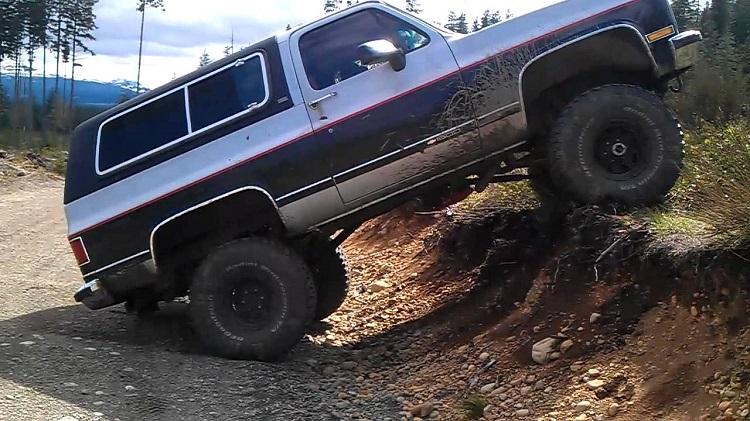 immortal vehicles desert 23