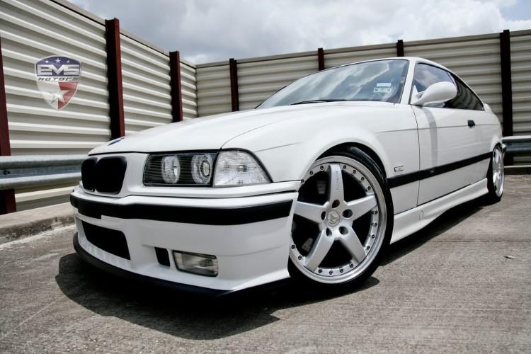 90'ların en iyi arabaları BMW E36