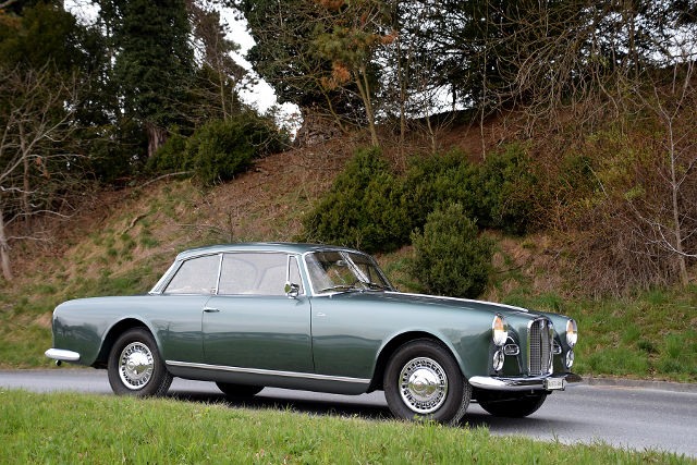 4. alvis_td21_coupe_special_by_graber