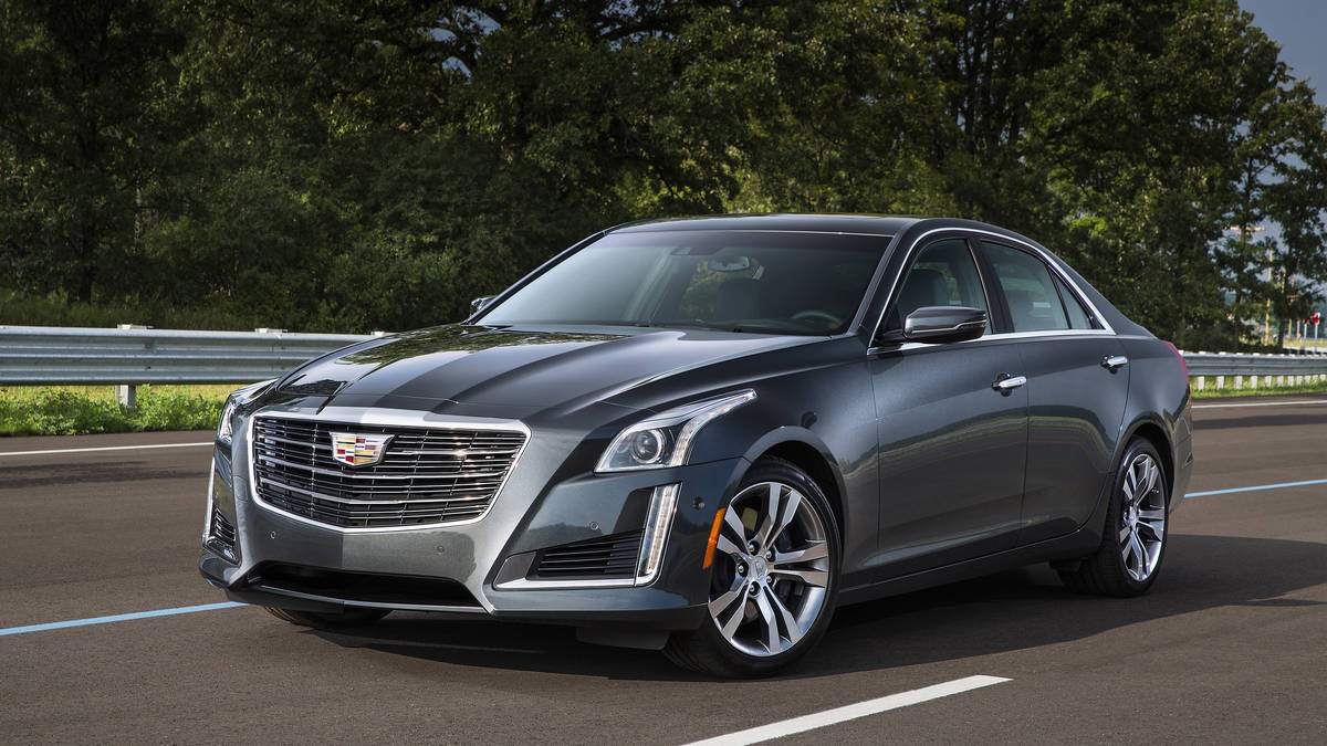 2016 Cadillac CTS sedan adds connectivity, safety technology to award-winning luxury sport architecture.