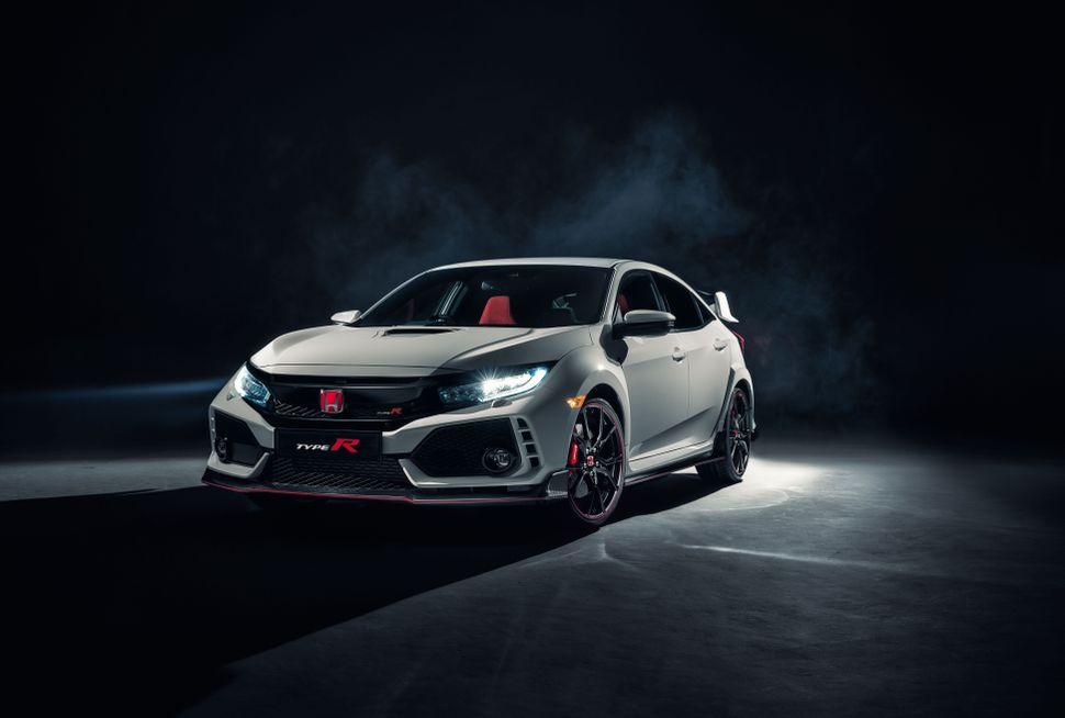 06-2017-Honda-Civic-Type-R