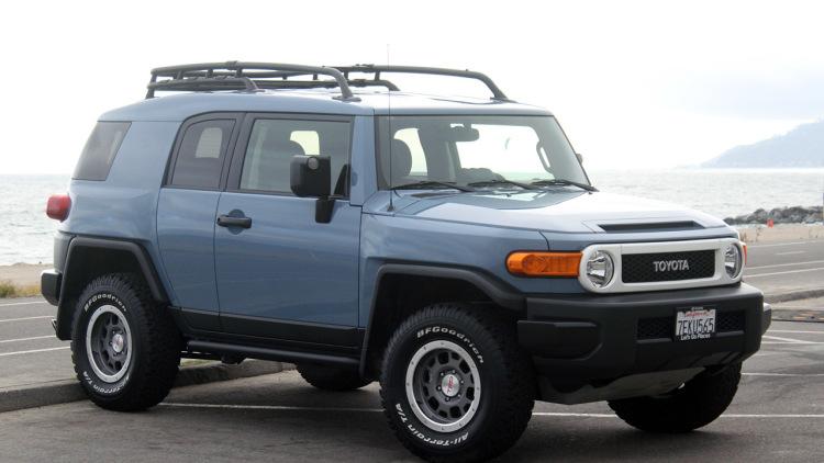 1-Toyota-FJ-Cruiser