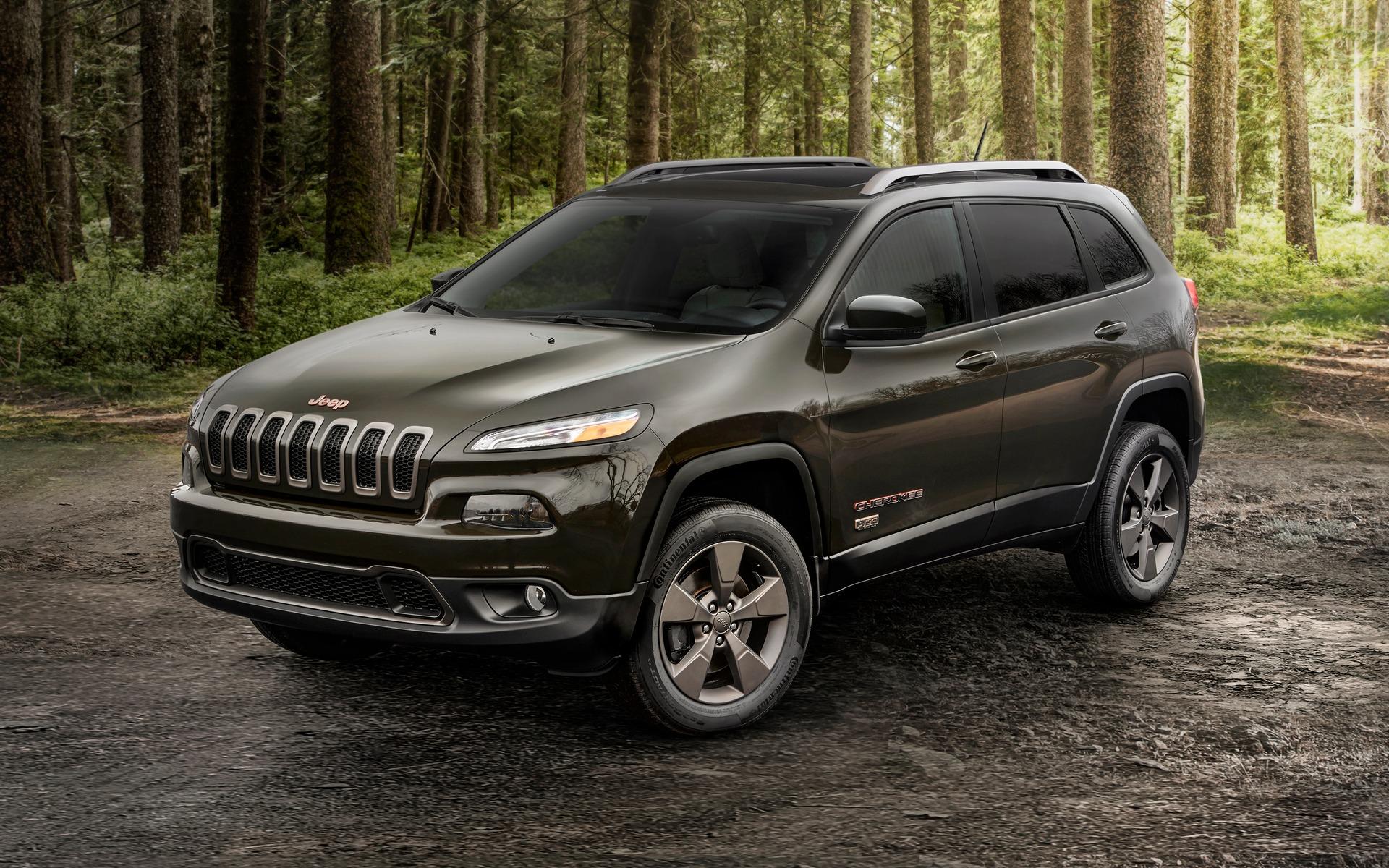 10-2017-Jeep-Cherokee