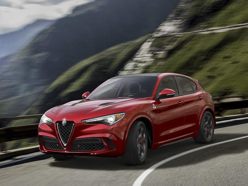 11-2017-Alfa-Romeo-Stelvio