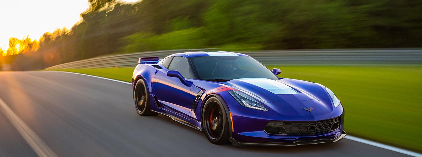 15-2017-Chevrolet-Corvette-Grand-Sport