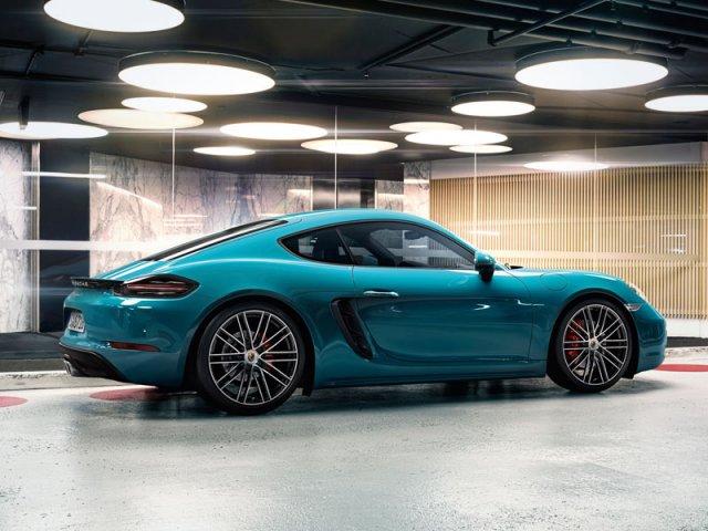 10-Porsche-Cayman