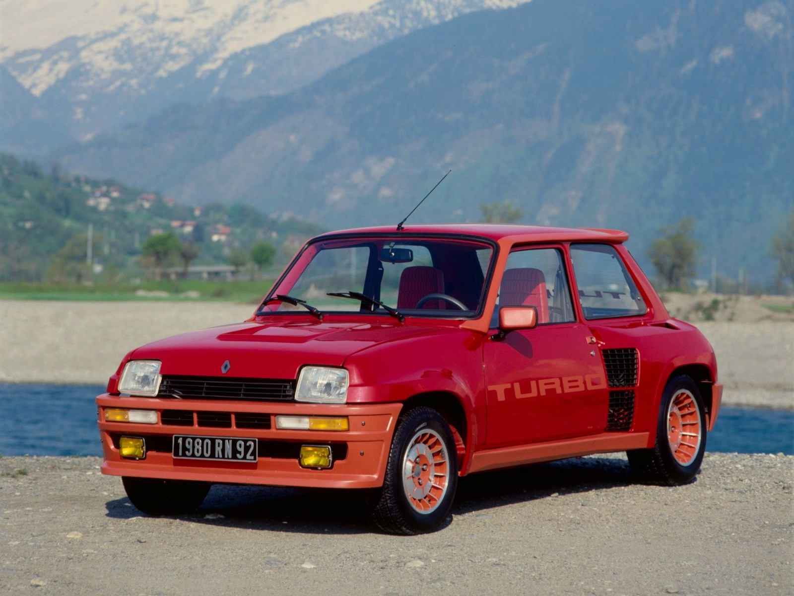 12-Renault-5-Turbo