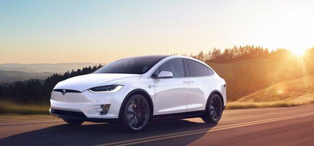 13-Tesla-Model-X