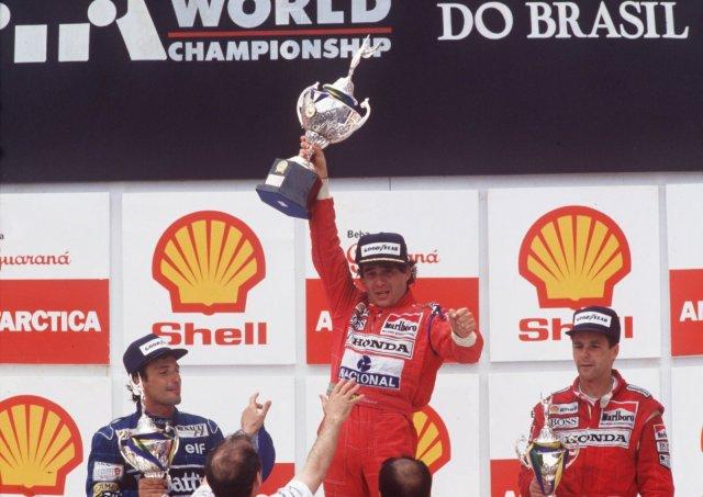 Ayrton-Senna-Iconic-Moment-11