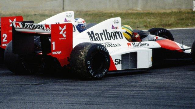 Ayrton-Senna-Iconic-Moment-7