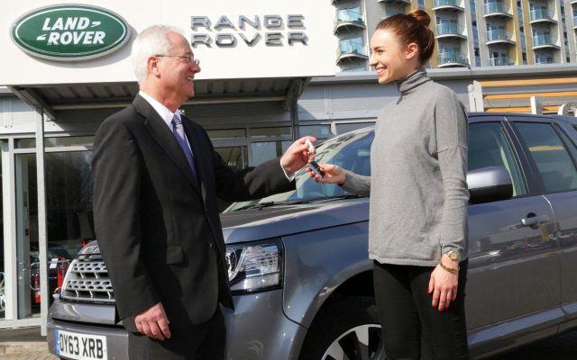 buying-a-car-keys-xlarge_trans_NvBQzQNjv4BqZgEkZX3M936N5BQK4Va8Rd8oAmGZYX8Vqbq2hlobTFc