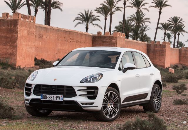 porsche_macan_turbo_43