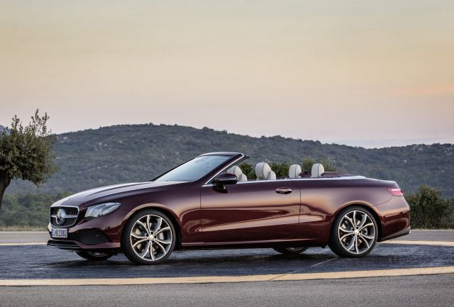 mercedes-benz_e_400_cabrio_25th_anniversary_4